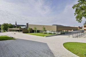 Das neue Sportzentrum liegt im Zentrum der Gemeinde Althengstett, umgeben von Festhalle, Grundschule und Gemeinschaftsschule