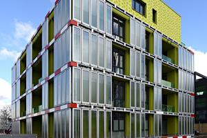 Mit dem BIQ-Haus in Hamburg wurde im Jahr 2013 bewiesen, dass das Fassaden- und Energiekonzept mit Photobioreaktoren funktioniert