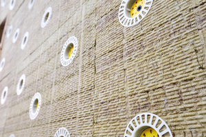 Systemdübel erlauben Bauleitern eine einfache Sichtkontrolle der eingesetzten Befestiger.