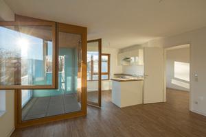 Die Wohnungen überzeugen auch durch Barrierefreiheit bei einer Kaltmiete von 5,50€/m²