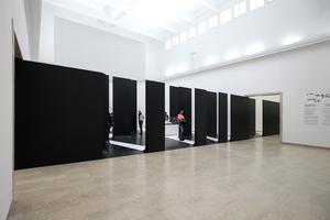 Giardini, Deutscher Pavillon: Mauerthema ...