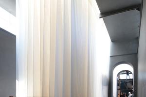 Giardini, Österreichischer Pavillon: Und eine Leinwandlandschaft