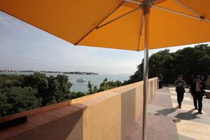 Giardini, Britischer Pavillon: In diesem Jahr: Teatime on the Rooftop ... mit Lagunenblick