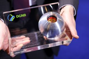 Preisstatuette des Deutschen Nachhaltigkeitspreises