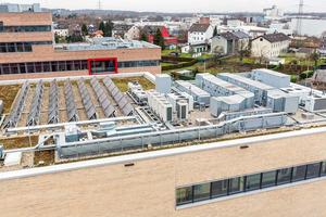 Bild 01 VRF-Außengeräte kommen überall dort zum Einsatz, wo große und anspruchsvolle Gebäude individuelle Lösungen zur Klimatisierung erfordern