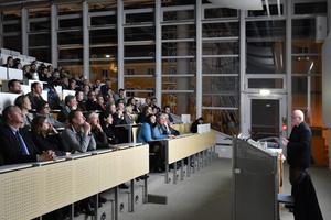 Feierstunde in Rosenheim: Festvortrag von Armando Ruinelli