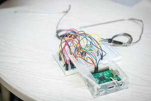 Über fest verbaute, intelligente Sensorik werden Daten zum Bauwerkszustand digital erfasst