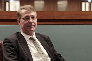 Wechselt die Aufgaben und das Amt: Ex-Baustaatssekretär Gunther Alder, hier noch im Bundesinnen-, Bundesfheimat- und Bundesbauministerium