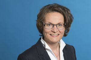 Anne Katrin Bohle, bisherige Abteilungsleiterin für Stadtentwicklung und Denkmalpflege im Ministerium für Heimat, Kommunales, Bau und Gleichstellung des Landes Nordrhein-Westfalen, wird neue Staatssekretärin im Bundesministerium des Inneren, für Bau und Heimat