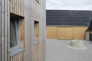 Die fünfjährige Verjährungsfrist für die Planungs- und Überwachungsarbeiten nach § 634a BGB gelte nicht nur bei der Neuerrichtung eines Bauwerks, sondern auch bei seiner grundlegenden Erneuerung, beispielsweise bei der Belegung der Fassade durch Photovoltaik-Elemente<br />
