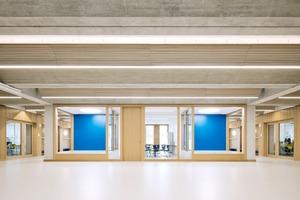 Durch verschiedene Optionen der Raumnutzung – von offenen Raumstrukturen bis zu geschützten Raumbereichen – bekommt die Akustik einen sehr großen Stellenwert