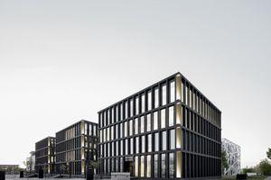 Kategorie Außenbeleuchtung Inszenierung:  Triple Heilbronn Lichtplanung: Peter Andres Unabhängige Lichtplanung und -beratung GbR