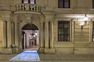 Kategorie Lichtkunst:  Die Herrengasse rollt den Teppich aus Lichtplanung: podpod design