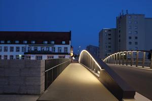 Kategorie Außenbeleuchtung Inszenierung:  Brücken für den Stadteingang in Riedlingen Lichtplanung:Christiane Sander, Martin Klingler