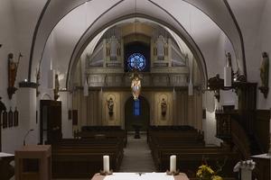 Kategorie Nachwuchspreis:  Pfarrkirche St. Johannes Enthauptung Suttrop Lichtplanung: INDI*LIGHT GbR