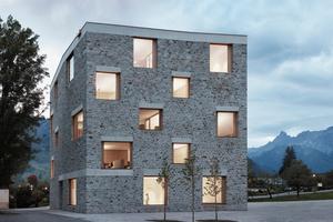 Stein, Holz, Glas – der massive Neubau ist aus robusten, wartungsfreien und recyclebaren Materialien gebaut