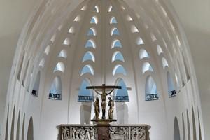 1. Preis Nachwuchspreis: Pallottiner- und Pfarrkirche St. Marien, Friedberg /  Lichtplanung: Sarah Textor Lichtdesign