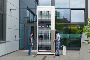 Die solarthermische Jalousie ermöglicht die Integration von Solarthermie in transparente Fassadenbereiche