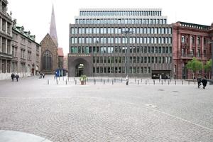 Nike für Fügung: Bremer Landesbank, Bremen Caruso St John Architects (Zürich) Bauherrschaft: NORD/LB Norddeutsche Landesbank, vertreten durch NORD/FM Norddeutsche Facility-Management GmbH