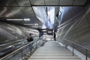 Nike für Atmosphäre: Wehrhahn-Linie, Düsseldorf