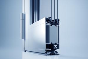 Mit dem geprüften und zertifizierten Objekttürsystem heroal D 72 lassen sich alle gängigen Öffnungsarten inklusive geprüfter Flucht- und Rettungswege, Automatiktüranlagen, Fingerschutztüren sowie einbruchhemmende Türen realisieren.<br />