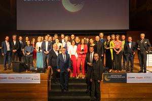 Gruppenbild mit Frauen: Gewinner des Deutschen Lichtdesign-Preises 2019