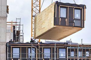 """Studentenwohnheim """"Woodie"""" in Hamburg (Arch.: Sauerbruch Hutton, Berlin. Tragwerk: merz kley partner ZT GmbH, Dornbirn. Holzbau: Kaufmann Bausys-teme GmbH, Reuthe)"""