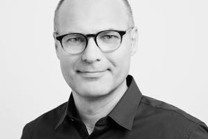 Harald Kloft leitet das Institut für Tragwerksentwurf (ITE) sowie das Digital Building Fabrication Laboratory (DBFL) an der TU Braunschweig und ist Gründungsgesellschafter des Ingenieurbüros osd – office for structural design in Frankfurt am Main.