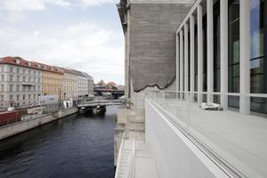 Terrasse Richtung Pergamonmuseum