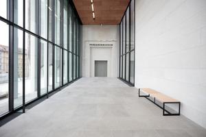 Übergang obere Ebene ins Pergamonmuseum