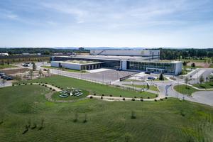 Harting Logistikzentrum mit angegliedertem Verwaltungsgebäude