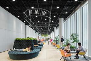 Ein sog. Marktplatz mit Café und Lounge für entspannte Treffen wurde von Anfang an in die Planung mit einbezogen<br />