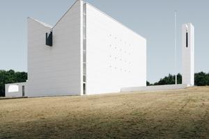 Eines der ersten Projekte von Henning Larsen 1994: Die Enghøj Kirche