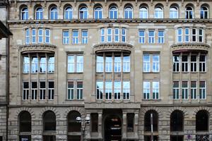 Hinter alter Fassade ganz neu: Das Bucerius Forum, jetzt Alter Wall, Hamburg