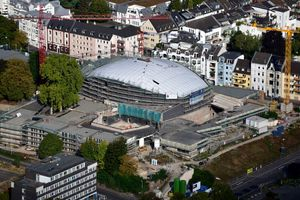 Beethovenhalle im<br />Sanierungs- und<br />Umbauzustand