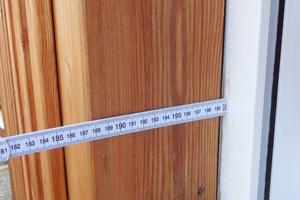 05 Holzschalung bei der Fensterlaibung