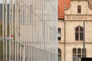 Bauhaus Museum Dessau: Glas und Neogotik, alles ist erlaubt; oder?<br />
