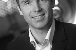 Andreas Danler arbeitet seit 1989 im Lichtplanungsbüro Christian Bartenbach. Seit 2003 ist er Mitglied in der Geschäftsleitung, seit 2012 Leiter des Bereichs für Gesamtlichtlösungen – Lighting Solutions der Bartenbach GmbH.www.bartenbach.com