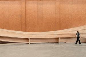 Der Urbachturm besteht aus 12 gekrümmten Bauteilen aus Brettsperrholz