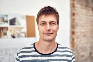 Michael ErtelMit seinen Erfahrungen bei Nickl & Partner, Kopper Architekten und Seegy & Bisch ist Michael Ertel im Dreiergespann von andOFFICE vorwiegend für die Ausführung zuständig. Er studierte zeitgleich mit Thorsten Blatter an der Universität Stuttgart Architektur und Stadtplanung.