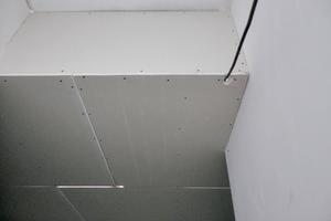02 Unterdecke im Treppenhaus