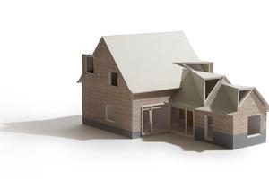 Das Modell zeigt die komplexe Dachgeometrie. Die beiden kleinen Anbauten wurden abgetragen und wieder neu aufgebaut. Dabei wurden die alten Backsteine als Außenschale für das neue, zweischalige Außenmauerwerk mit Luftschicht und Dämmung wiederverwendet