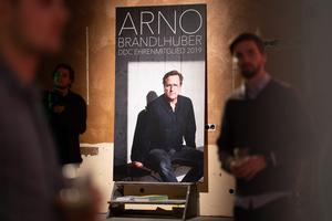 Als Ehrenmitglied 2019 wurde der Architekt Arno Brandlhuber aus Berlin für seinen Einsatz zum Thema Wohnraum in Ballungsräumen, Umnutzung von Baubestand sowie für seine konzeptionellen und ästhetischen architektonischen Werke ausgezeichnet.