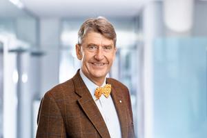 Christoph M. Achammer istGründungsgesellschafter und CEO von ATP architekten ingenieure. Er hält Vorlesungen und Vorträge zum Thema Integrale Planung und ist Early Adopter von BIM und Digitalisierung des Bauwesens.