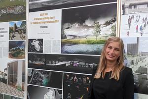 Miriam Möller-Boldt vor ihrem Entwurf für das Stadtbad in Koblenz