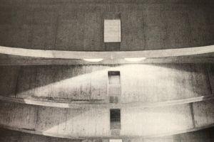 01 Fischbauchträger (Hängewerk) des hochbelasteten Daches vom Auditorium der Bundeskunsthalle Bonn (l = 23m, Abstand 5,30 m); Objektplanung: G. Peichl, Tragwerksplanung: Polónyi und Fink 1992
