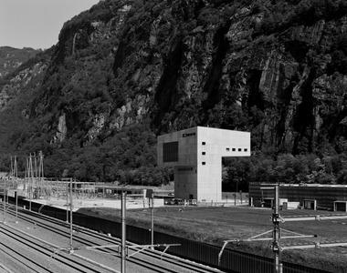 BFM zeigen mit der starken Geste der Betriebsleitstelle Süd in Pollegio, dass auf die gewaltige Landschaft mit angemessenem Mittel zu reagieren ist