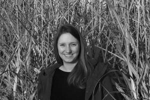 Doktorandin Katharina Walbrück in einem<br />Miscanthus-Feld am Campus Klein-Altendorf