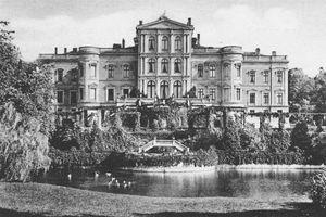 Ehemaliges Schloss Putbus auf der Insel Rügen (Gartenansicht 1922)