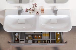 Der Geberit MyDay Doppelwaschtisch mit Unterschrank glänzt mit einem großen Platzangebot. <br />